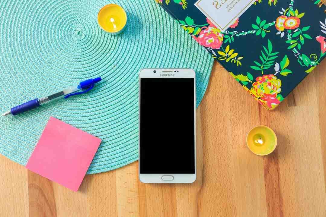 Comment transférer les photos de mon Samsung sur la carte SD ?